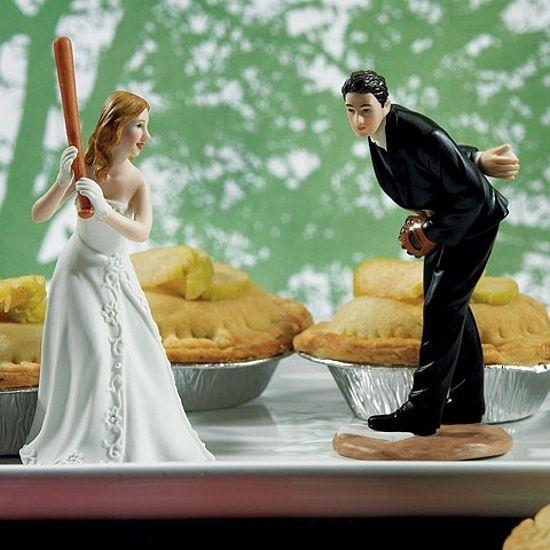 Baseball Bride Groom Wedding Cake Topper Baseball Wedding Cakes Baseball Wedding Theme Bride And Groom Cake Toppers