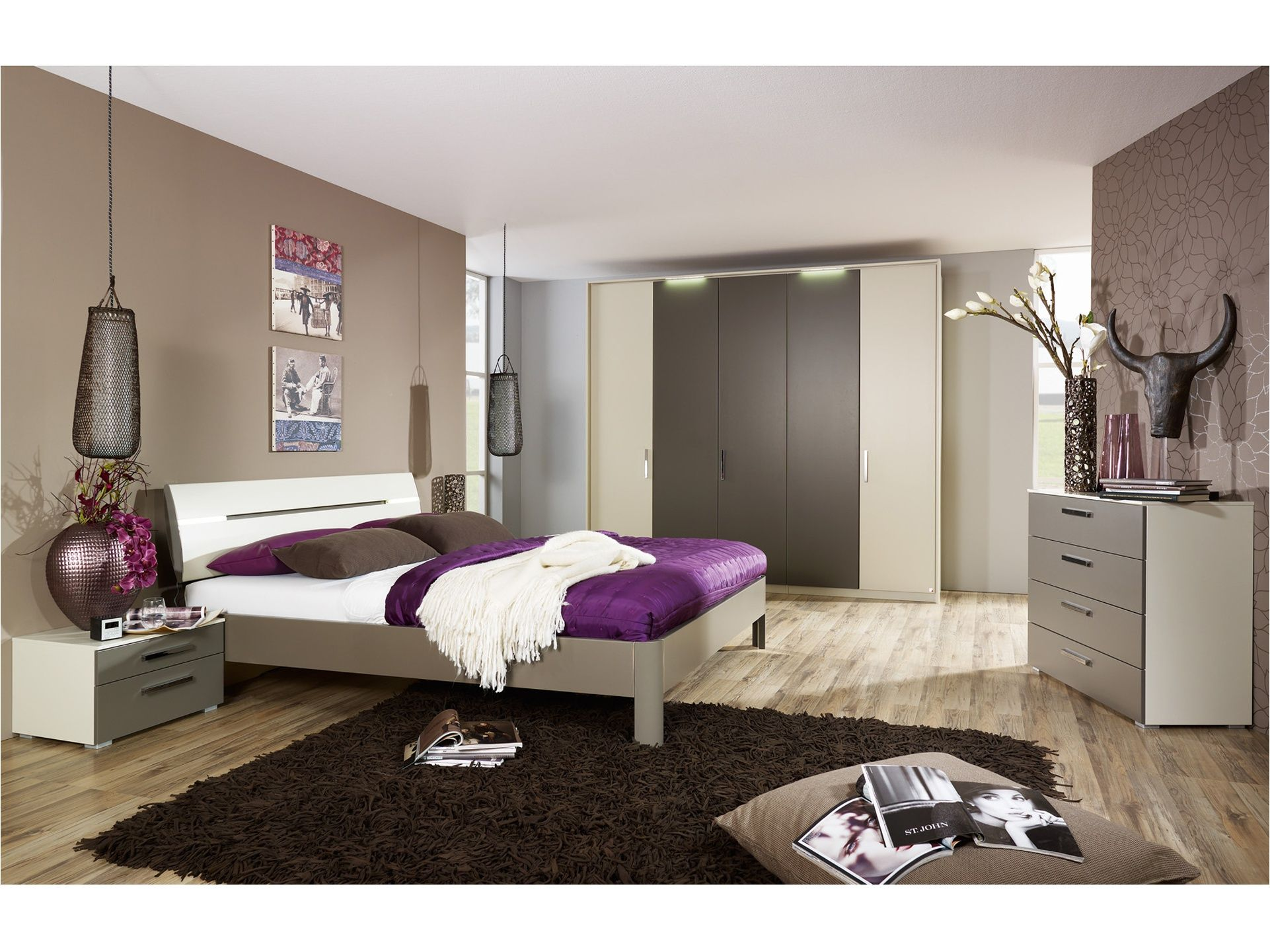 Chambre coucher adulte moderne deco pinterest for Photo peinture murale chambre adulte
