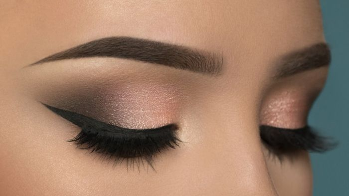 Maquillage smoky eye liner noir fard paupi res p che mascara noir sourcils marron smoky - Maquillage smoky eyes ...