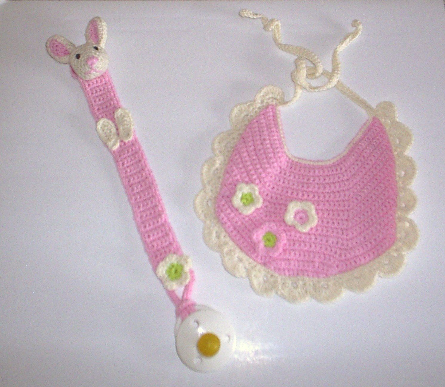Items similar to CROCHET PATTERN. Baby bib with flowers and pacifier holder with rabbit. on Etsy #crochetapplicates
