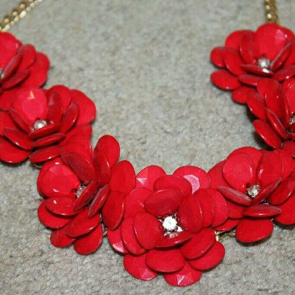 Charming Charlie red flower statement necklace Brand new Charming Charlie Jewelry Necklaces