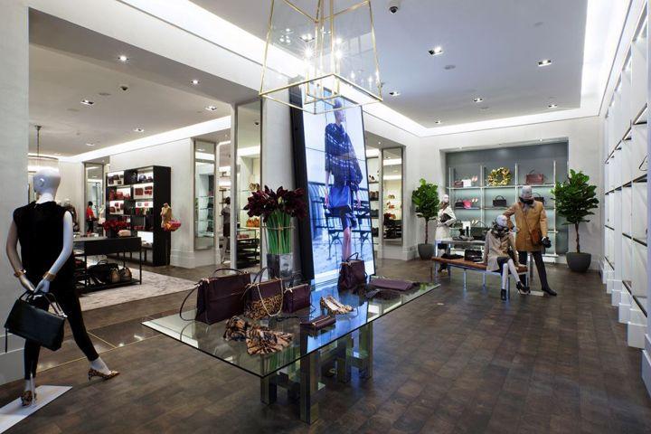 Coach Flagship Store At 5th Avenue New York City Retail Design Blog Retail Design Retail Interior Design
