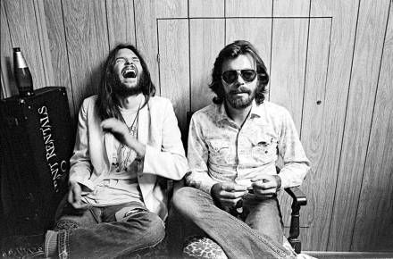 Neil Young & David Briggs, backstage, Roxy i West Hollywood, 1973
