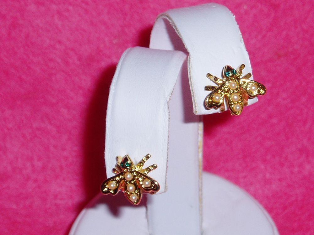 Adorable JOAN RIVERS PIERCED BEE Earrings with Faux Pearls & Green Eyes NEW #JOANRIVERS