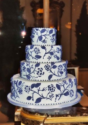 Google Image Result For Httpwwwwildflowersbyloricomlilac - Small Blue Wedding Cakes