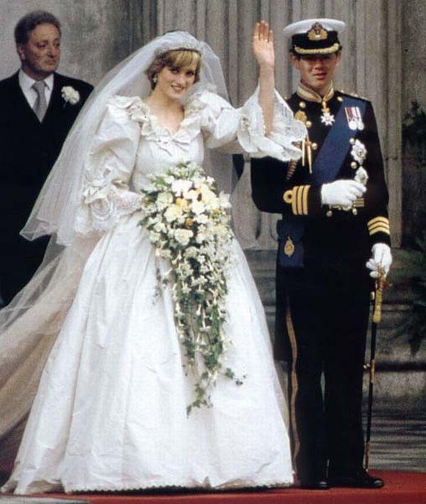 Princess Dianas Royal Wedding Dress Princess Diana Wedding Royal Wedding Dress Diana Wedding
