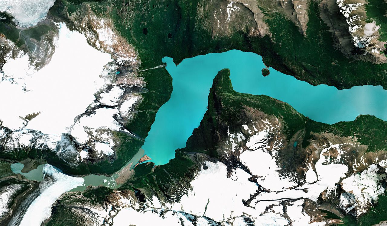 Lago Argentino is the largest freshwater lake in Argentina