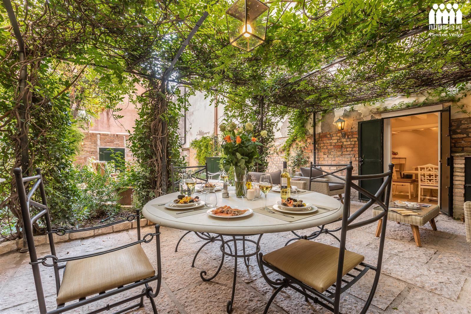 La Baruffa, appartamento con giardino a Dorsoduro Venezia
