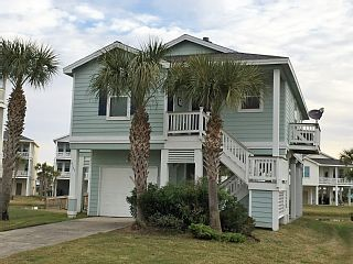 This charming, fully furnished beach side cottage is affordable enough for one family and spacious enough to sleep six. An ideal retreat for parents and grandparents seeking the privacy and roominess of a single ...