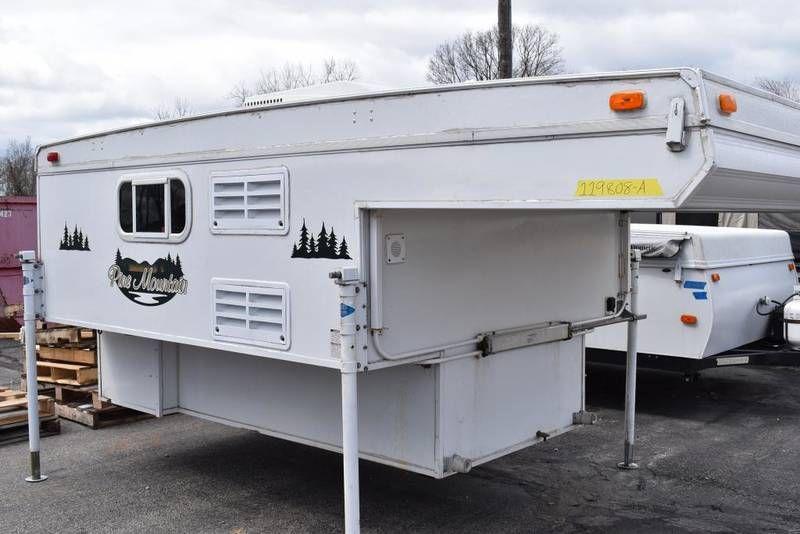 2006 Starcraft Pine Mountain Truck Camper For Sale New Carlisle Oh Rvt Com Classifieds Truck Camper Truck Campers For Sale New Carlisle