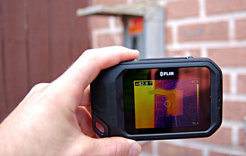 Flir C2 Thermal Imaging Camera Power Tools For The Diy Thermal Imaging Camera Thermal Imaging Thermal