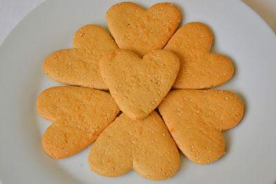 Palavras que enchem a barriga: Bolachas de sésamo com tahini para o dia dos Namorados :)