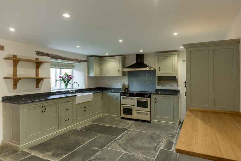 Farrow & Ball Painted Kitchen (French Grey).