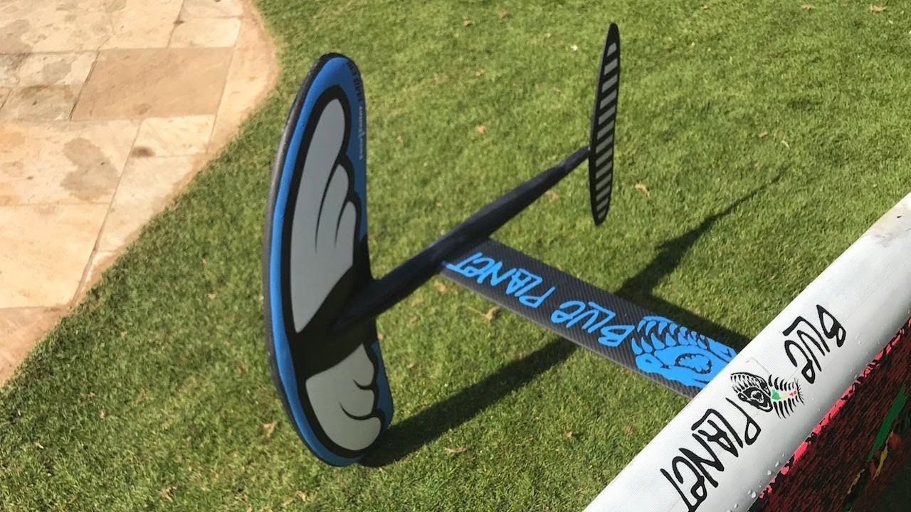 SUP Foiling Testing the New Blue Easy Foiler The