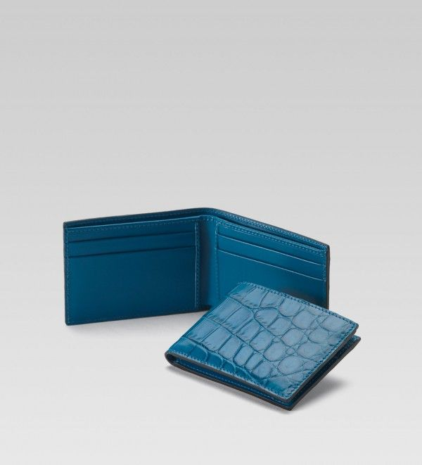 d928e147706 Gucci men bi fold wallet riviera blue crocodile 1 600x661