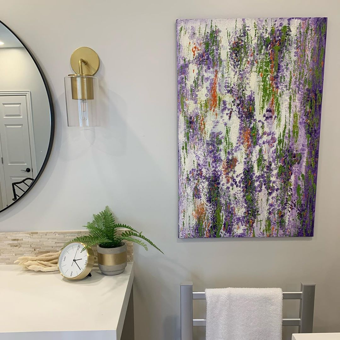 Art makes such a difference! This is a piece I painted years ago and I had it in a different location. In fact it was hung horizontally. It's good to move art around especially if it's a piece that can go most anywhere!#art#masterbathroom #homedecor #interiordesigntips #artistsoninstagram #color #design