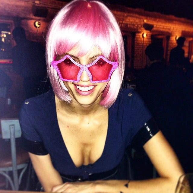 Pin for Later: The Hands-Down Greatest Supermodel Halloween Costumes From Years Past  Devon proved pink hair is model chic when she showed up in a police costume topped with a glitzy bob.
