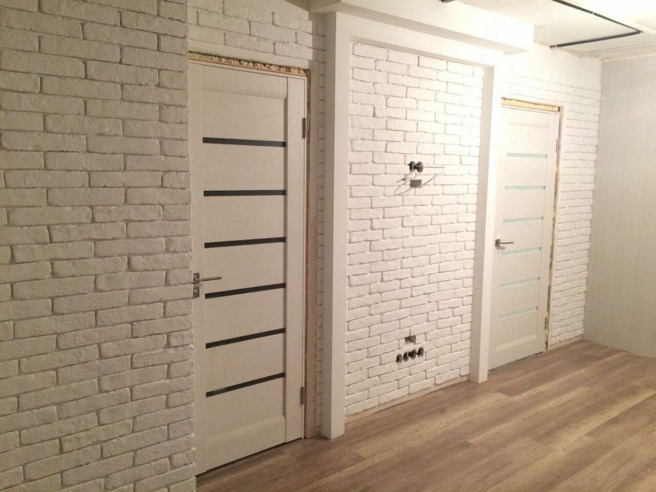 Гипсовый кирпич. Гипсовая плитка под кирпич. Имитация кирпичной кладки в  интерьере квартиры с помощью гипсовой плитки под кирп… | Плитка под кирпич,  Плитка, Кирпич