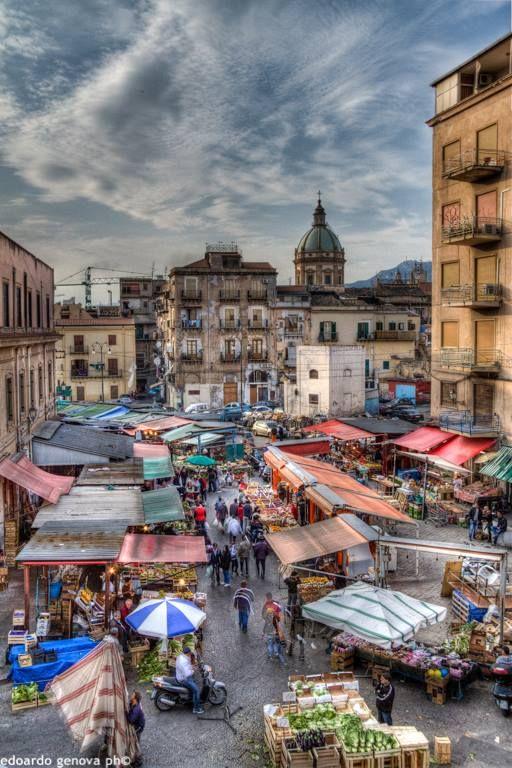 Mercato di Ballarò visto dall'alto! Www.solemar-sicilia.it