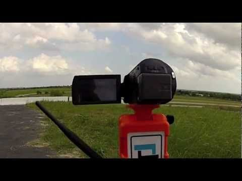 SoloShot, a new way to film yourself. It moves where you move!