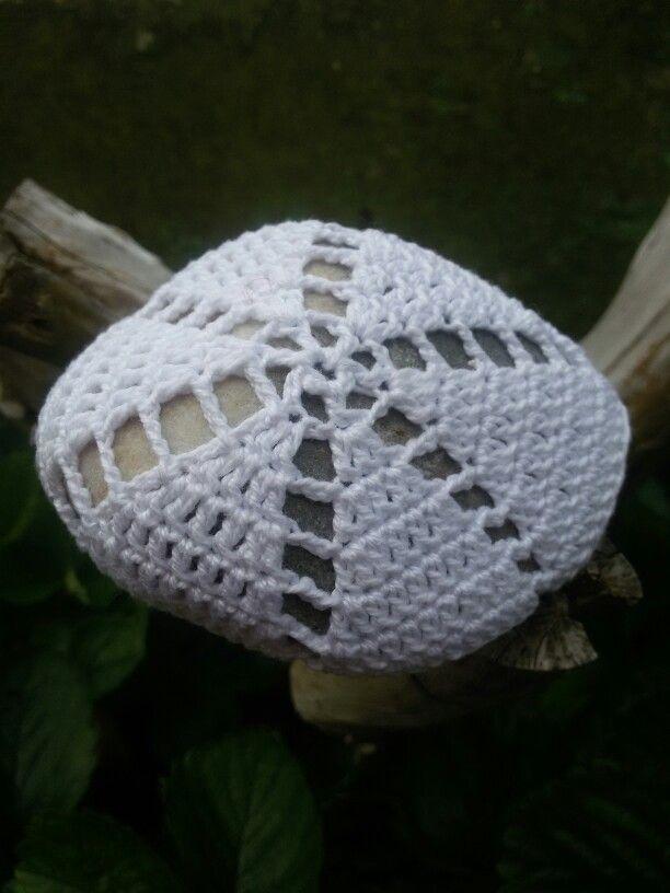 White crochet stone