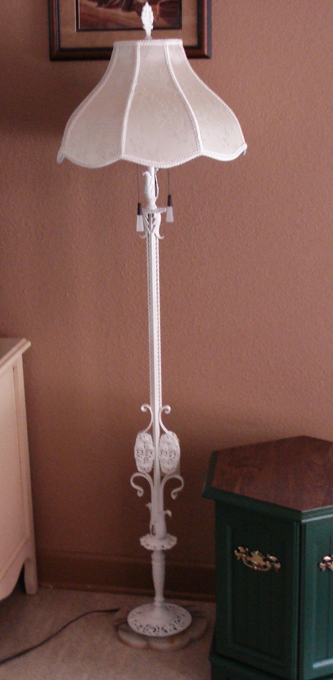 My Sister Found This Old Floor Lamp In An Antiques Southern Illinois I