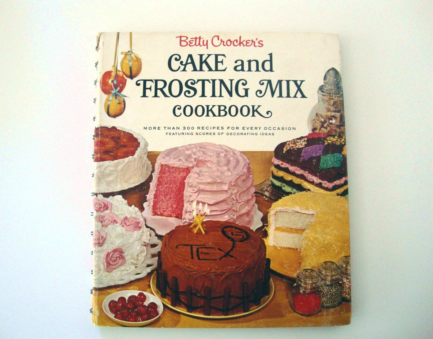 Cookbook Vintage 1st Edition Betty Crocker S Cake Frosting Mix