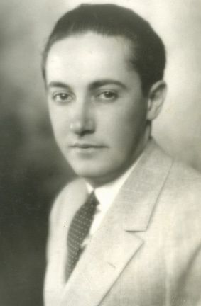 """Irving Thalberg (May 30, 1899 – September 14, 1936) was an American film producer during the early years of motion pictures. He was called """"The Boy Wonder"""" for his youth and his extraordinary ability to select the right scripts, choose the right actors, gather the best production staff and make hundreds of very profitable films, including Grand Hotel, Camille & Mutiny on the Bounty. His films carved out a major international market"""