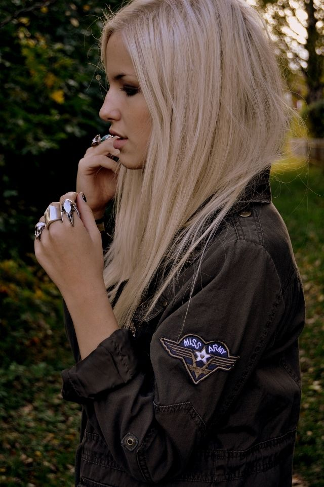 I love blonde.