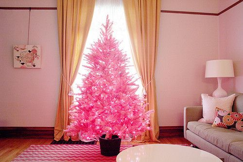 Pink Christmas tree.....hmmmm, I love PINK but, a Christmas tree ~ I'm not sure what to think!