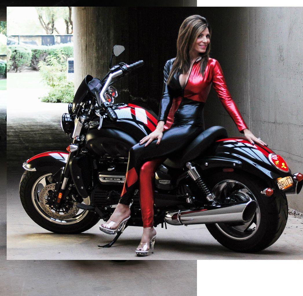 motorcycle, ladies on bikes, red, retro,triumph rocket, rocket