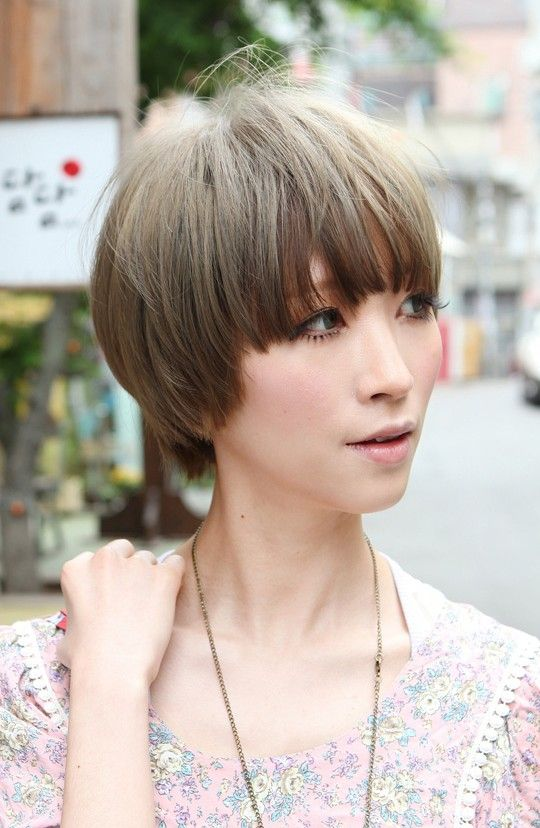 Beautiful Bowl-Cut with Retro Fringe - Short Japanese ...