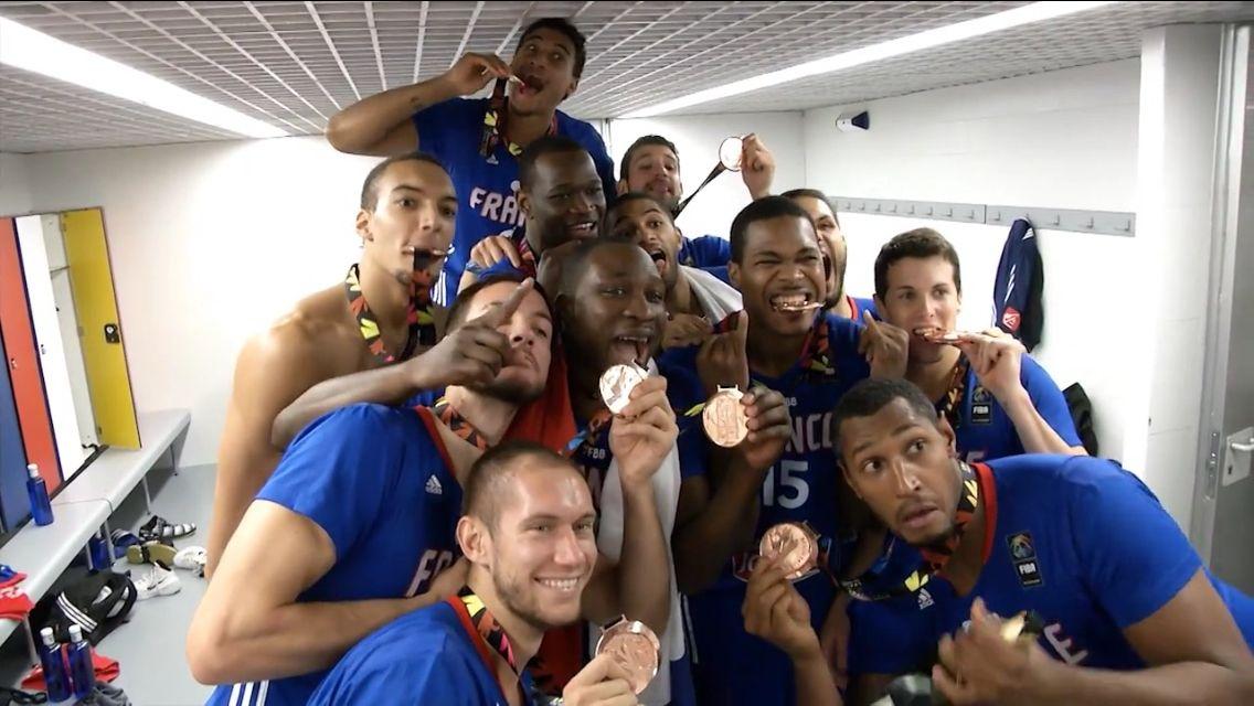 Equipe De France De Basket Championne D'Europe