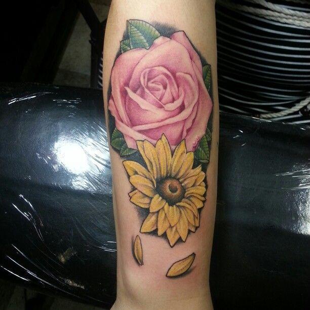 Rose And Daisy Tattoo Stencil: Rose And Daisy Tattoo. Artist: Joe Villalpando