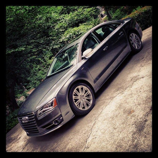 2012 Audi A8 Interior: King Of Luxury Saloons! Audi S8.
