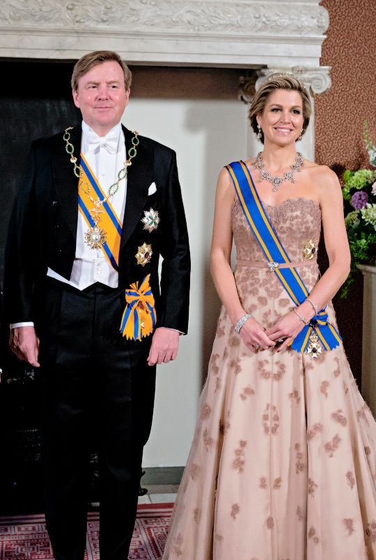 Koninklijk Huis Tumblr State Visit Of The President Of Argentina Day 1 King Willem Alexander And Queen M Queen Fashion Royal Fashion President Of Argentina