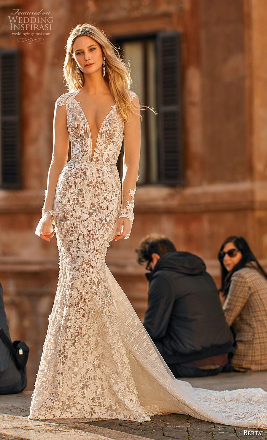 Mermaid Long Wedding Dress Fall Wedding Dress Off The Shoulder Wedding Dress Bridal Gown Wedding Dresses Backless Wedding Wedding Dress Champagne [ 1342 x 1000 Pixel ]