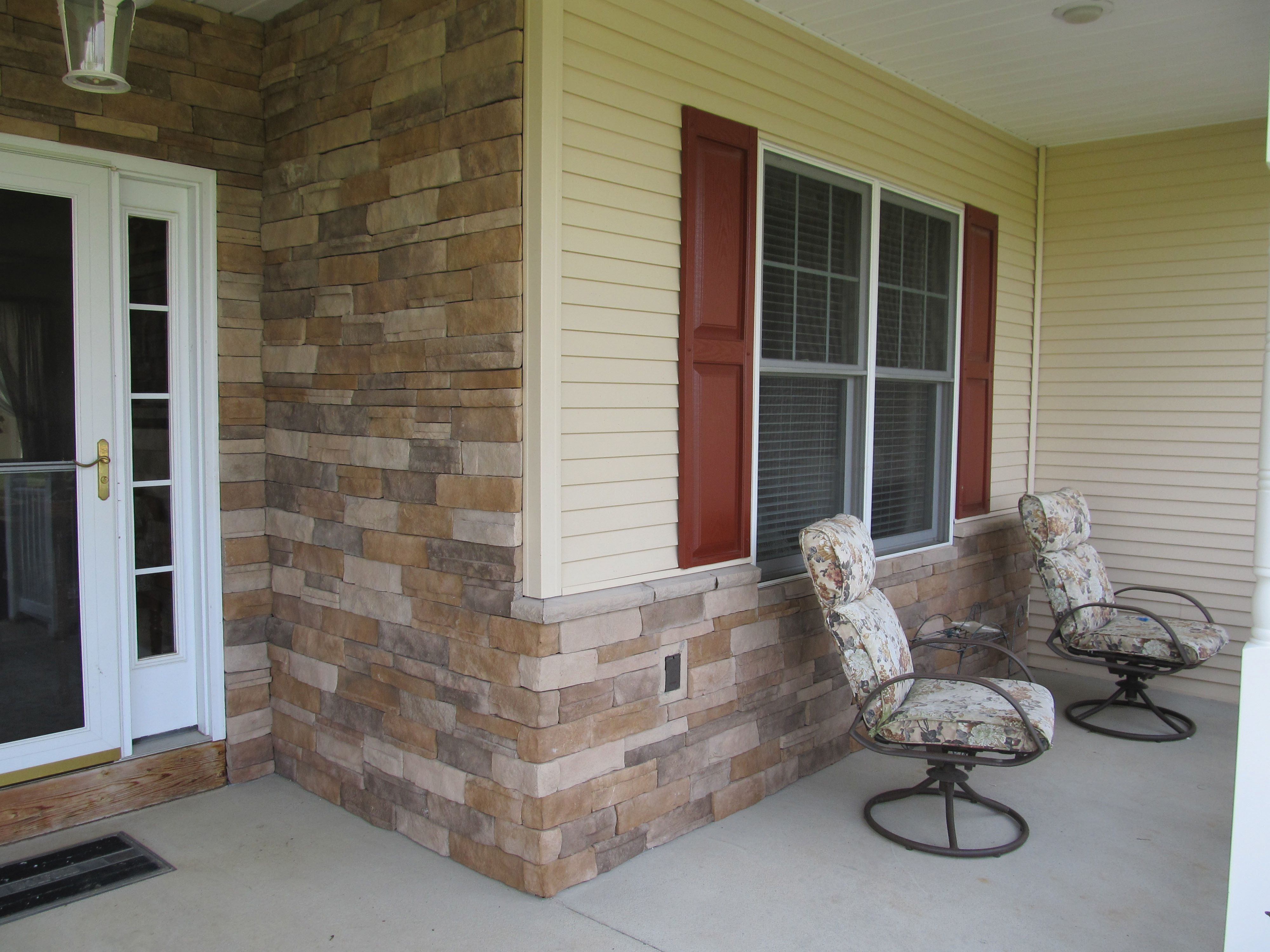 Turn a boring exterior into an eyecatching stone wall with