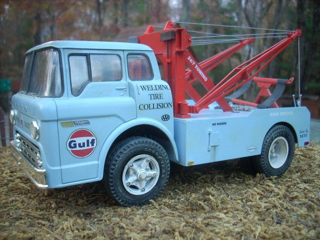 Built Ford C600 Cab Over Gulf Garage Wrecker Holmes Tow Truck ...