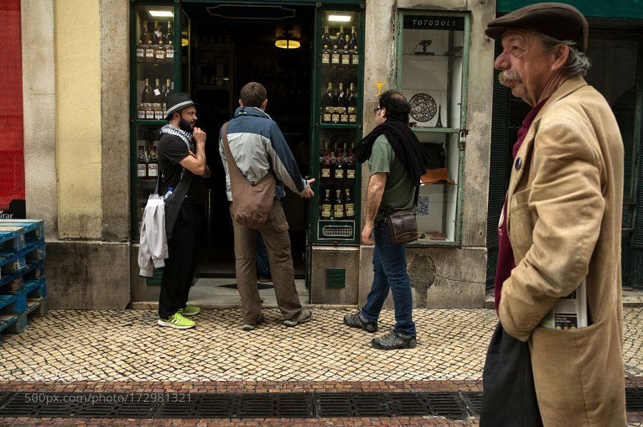 Let's have a drink by oalentejanonacidade
