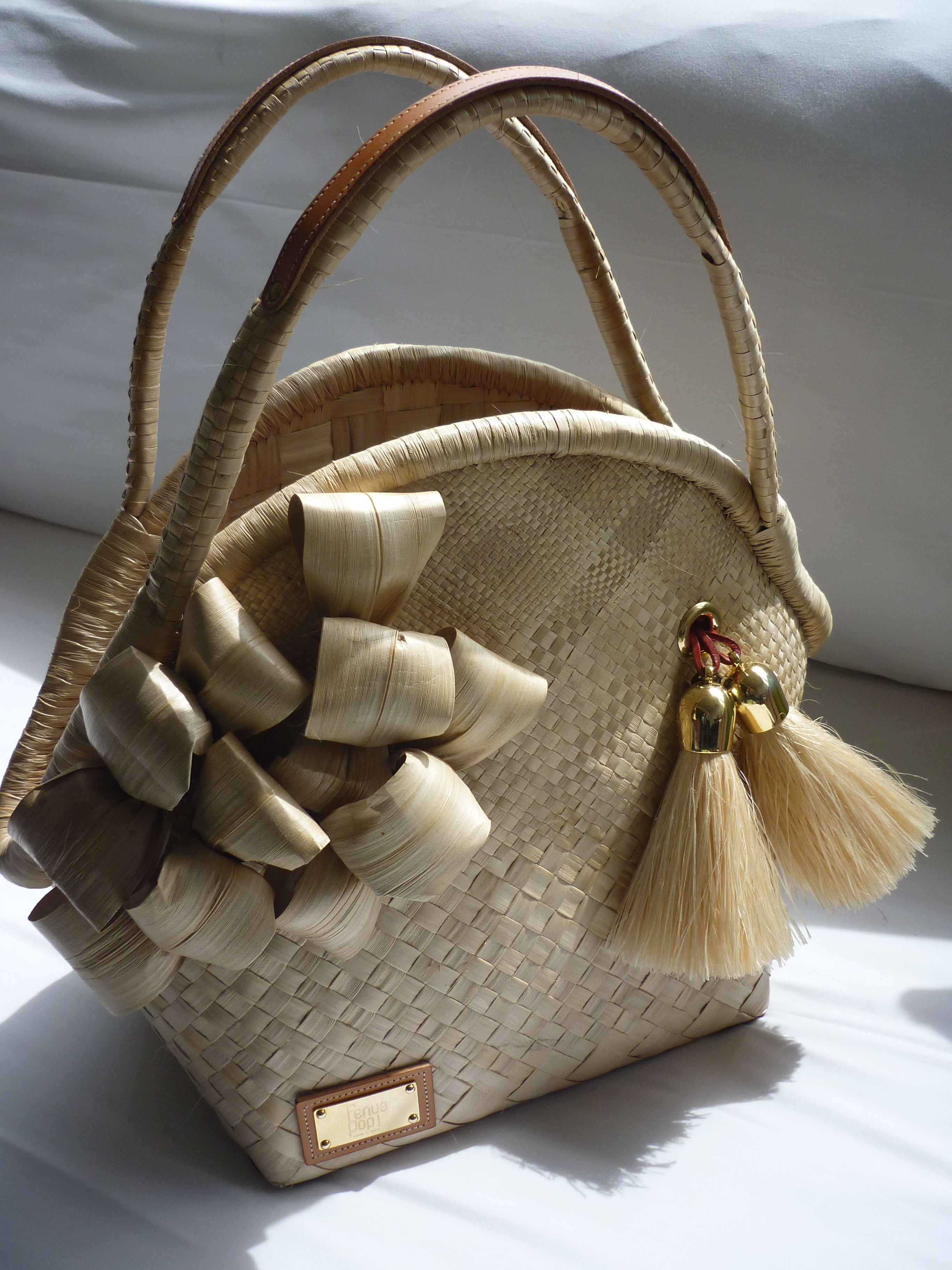 3 Le Mathilde, hand made, pandanus de Tahiti.....fenua pop!   Bags ... cd2b028e24e