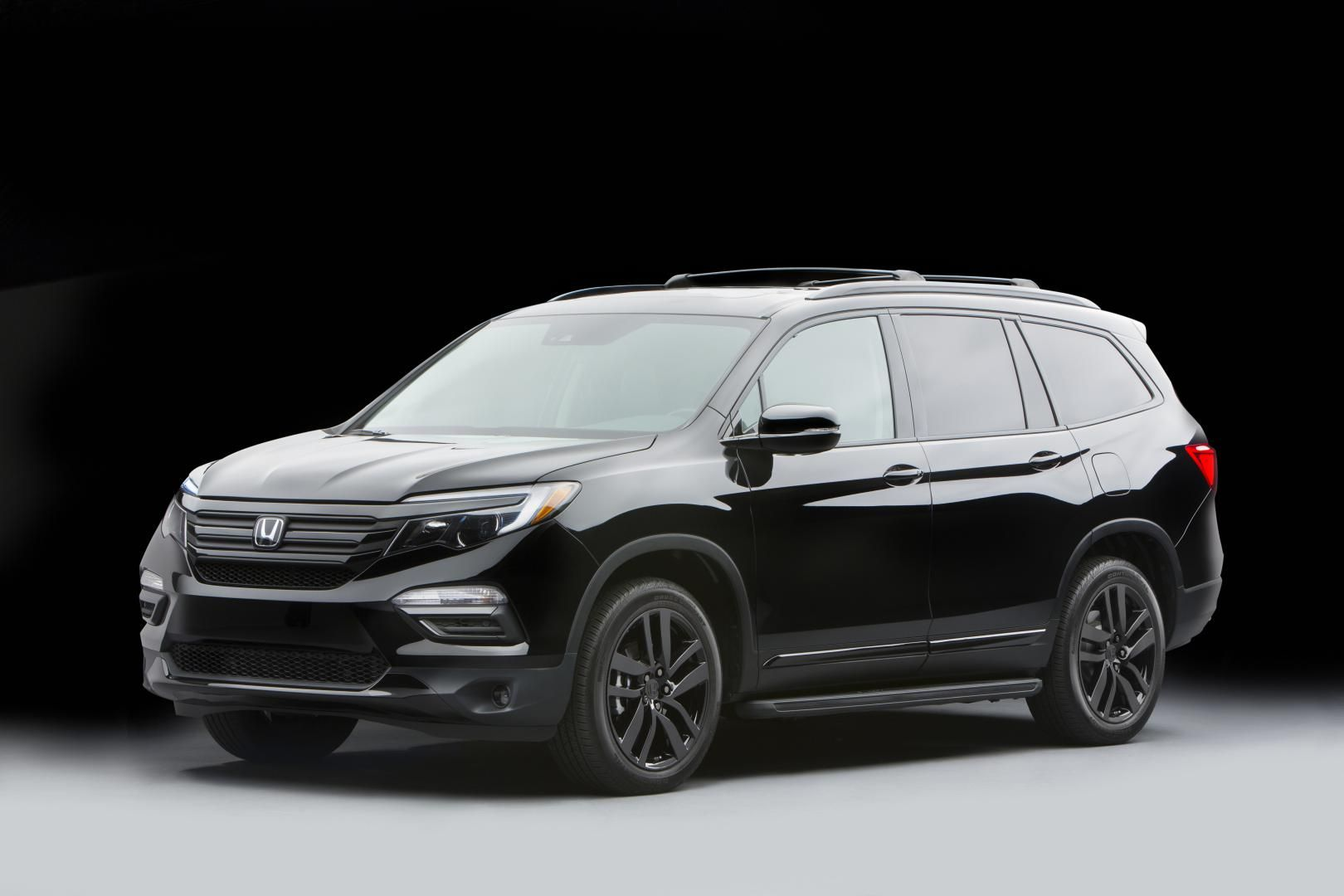 Black 2017 honda pilot honda pinterest honda pilot for Black honda pilot