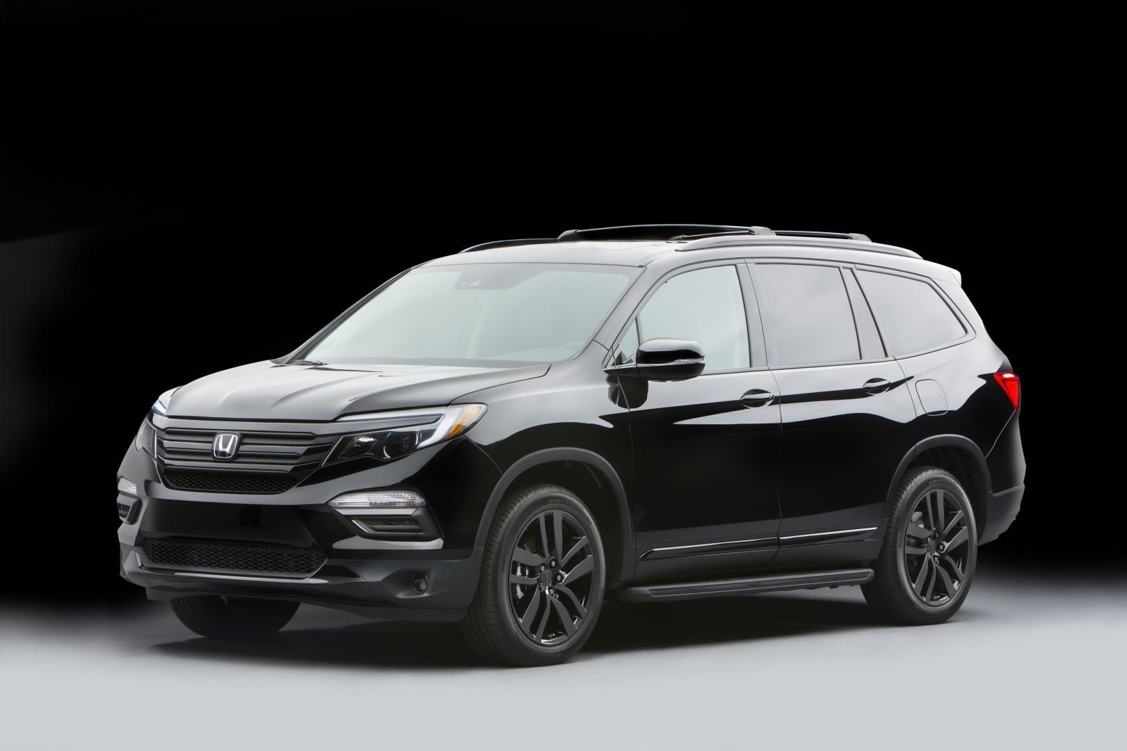 Vehicle Black 2017 Honda Pilot