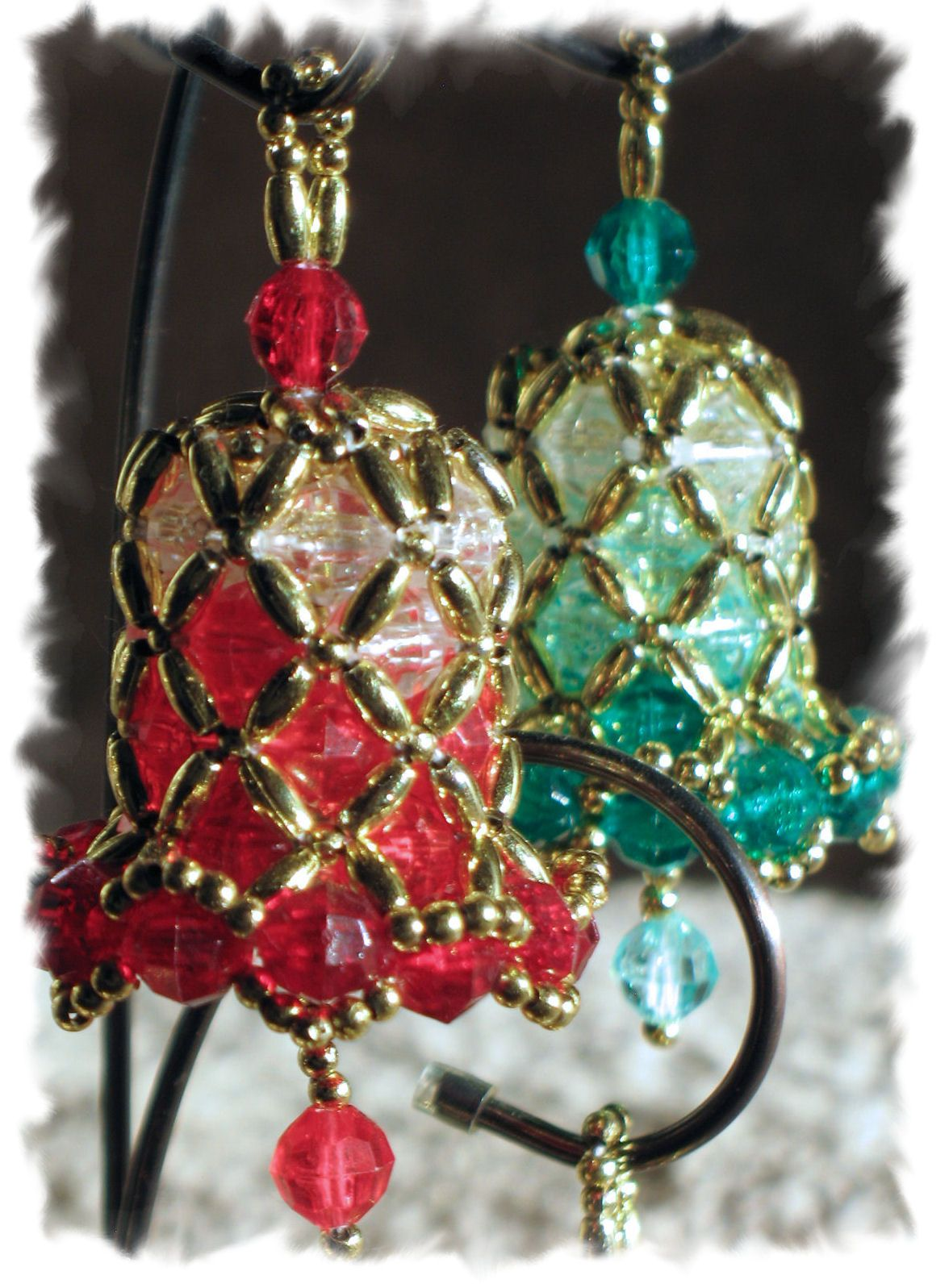3 Red And Green Ombre Bells Christmas Bead Beaded Christmas Ornaments Christmas Ornament Crafts