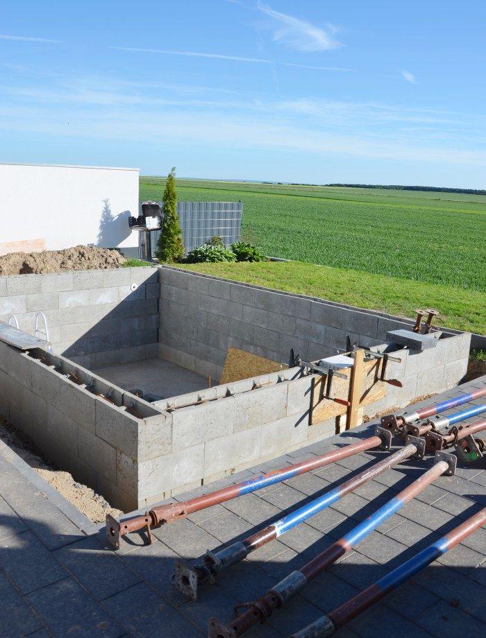 Einen Pool für den eigenen Garten mit Hilfe selber bauen Pools