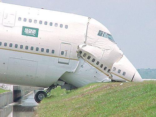 93db9e60fef7212e9fc0121213c69583 funny plane crash best funny images photos, funny images gallery,Funny Plane Pictures Images