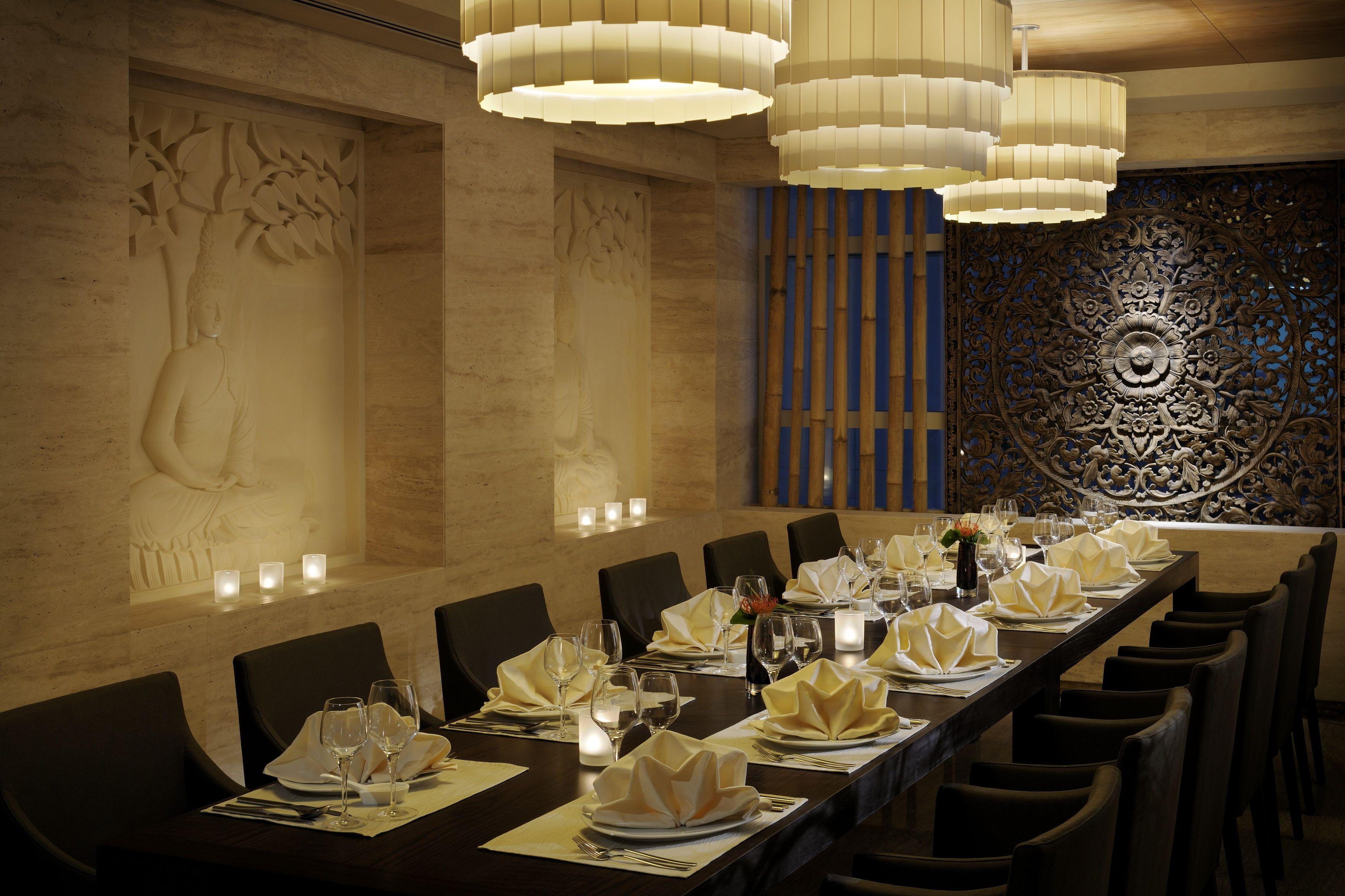 Indo thai restaurant radisson royal dubai concept