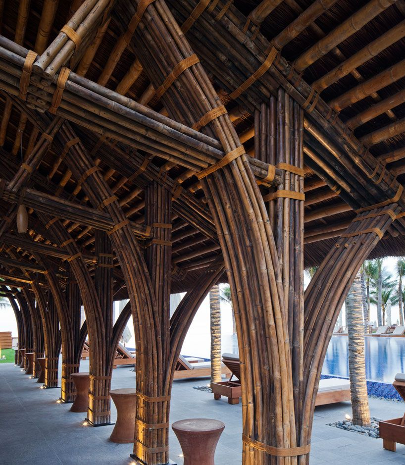 Vo Trong Nghia's Naman Bar Combines Bamboo, Thatch And