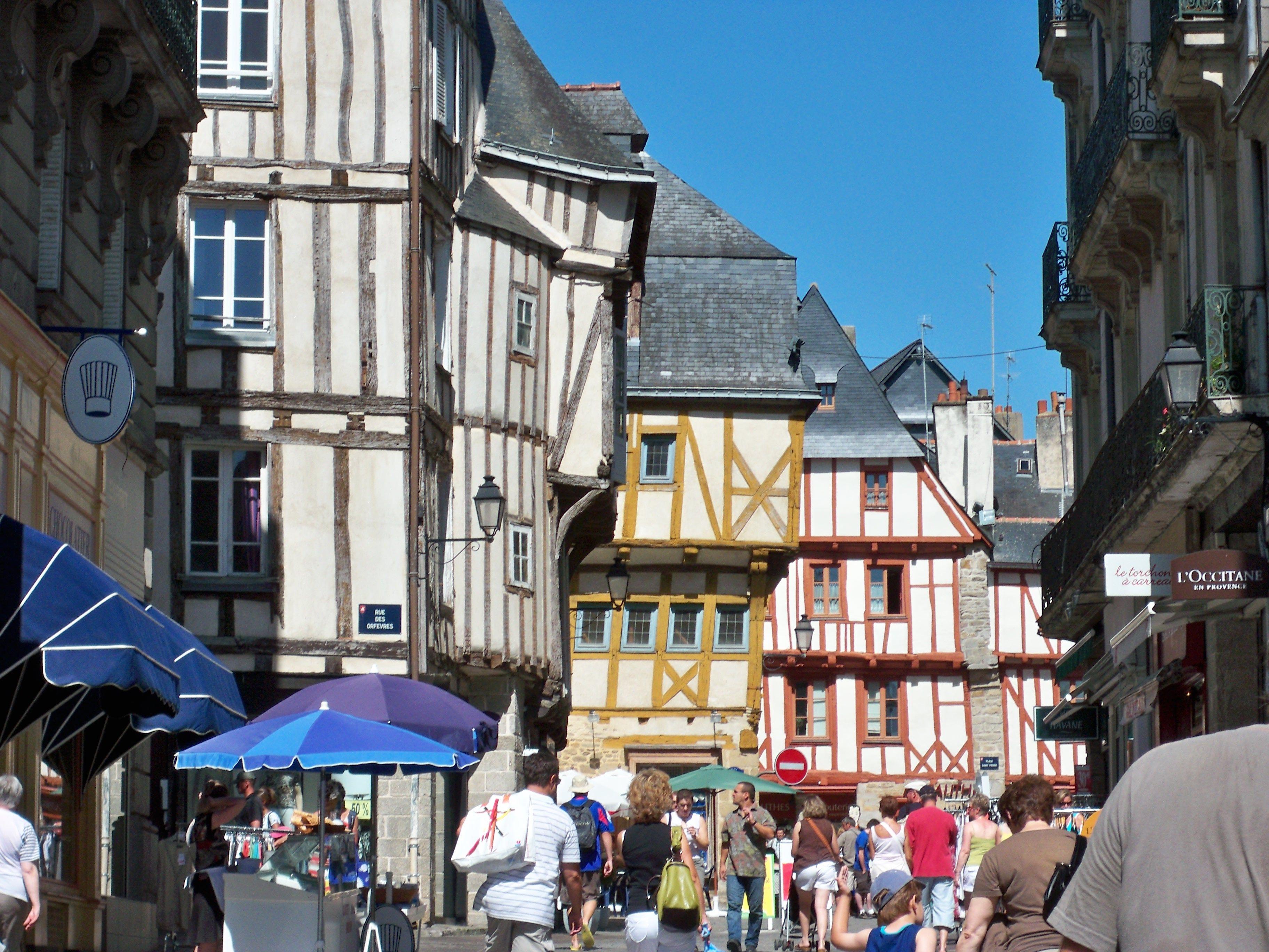 Excursion Au Marche De Vannes Dans Le Morbihan En Bretagne