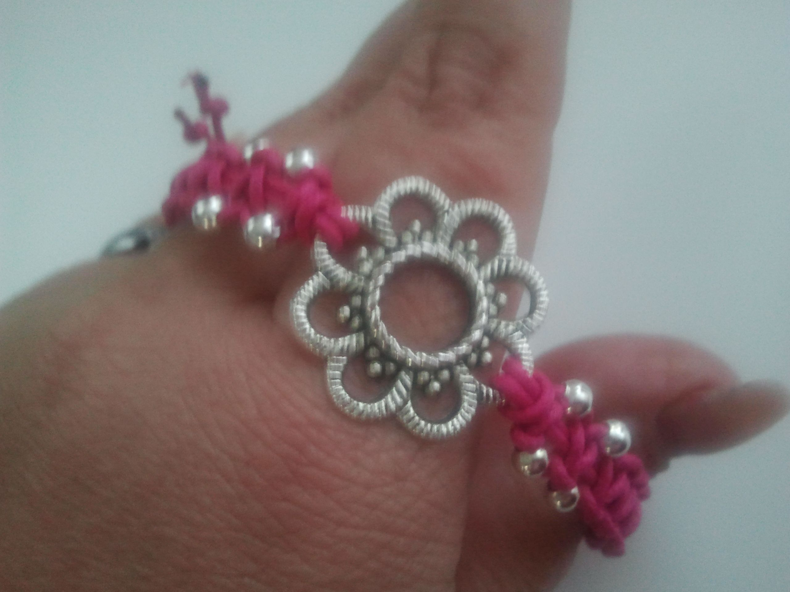 Roze armbandje